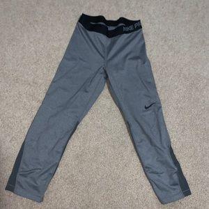 Nike Pro crop leggings